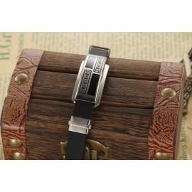 bracelet silicone aux motifs géométriques